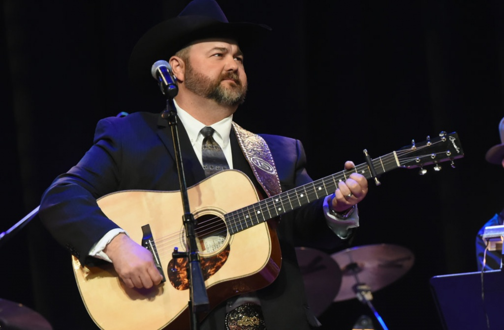 NASHVILLE, TN - JANUARY 31:  Daryle Singletary performs at Singer/Songwriter/Comedian. Member of both The Nashville Songwriters Hall of Fame and Country Music Hall of Fame Mel Tillis Memorial at Ryman Auditorium on January 31, 2018 in Nashville, Tennessee.  (Photo by R. Diamond/Getty Images)