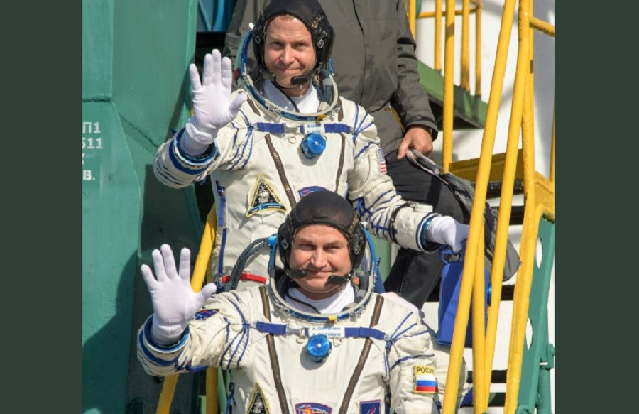 Aleksei-Ovchinin-y-Nick-Hague.-Nave-Soyuz